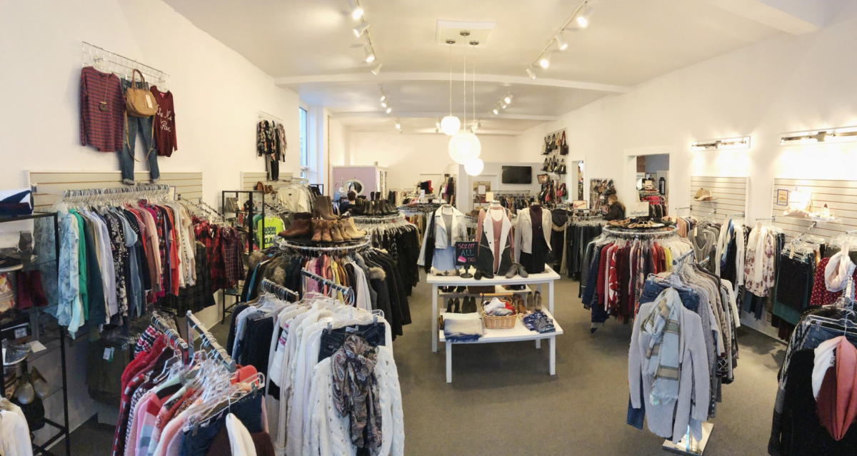inside-womens-consignment-store[1]